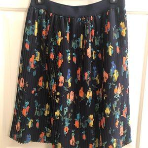 Merona pleated skirt
